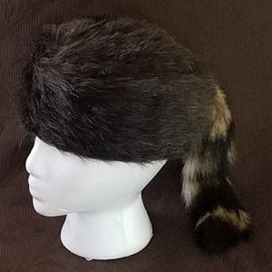 DANIEL BOONE/DAVY CROCKETT RACCOON HAT XS CHILD